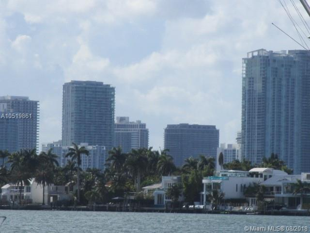 225 N Hibiscus Dr, Miami Beach, FL 33139 (MLS #A10519861) :: The Jack Coden Group