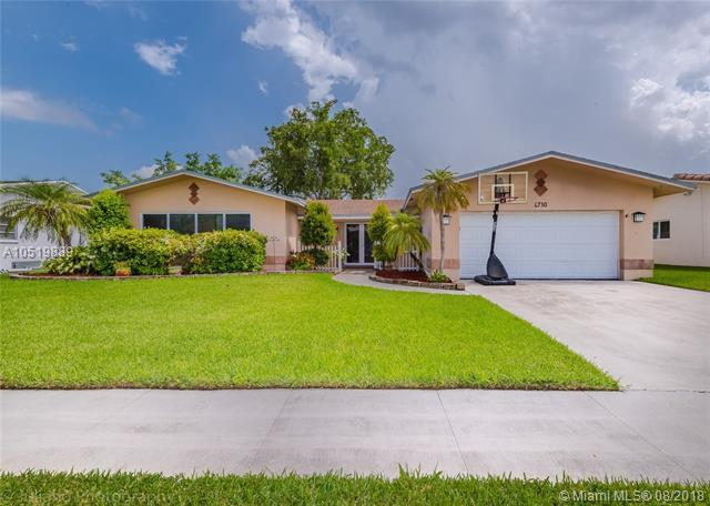 6730 NW 22nd Ct, Margate, FL 33063 (MLS #A10519889) :: Green Realty Properties