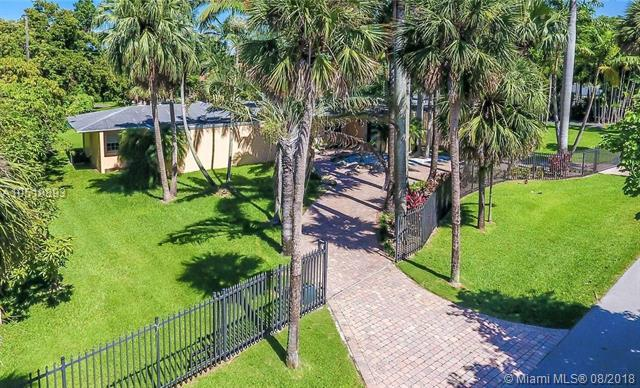 8290 Sunset Dr, Miami, FL 33143 (MLS #A10519893) :: Green Realty Properties