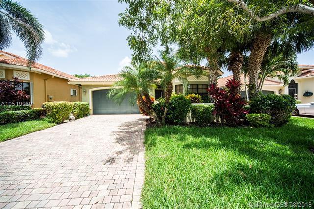 7110 Boscanni Dr, Boynton Beach, FL 33437 (MLS #A10519968) :: Miami Villa Team