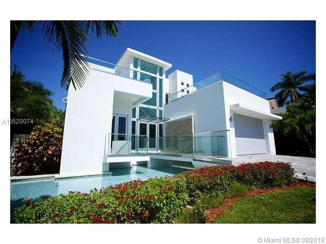 334 S Parkway Pkwy, Golden Beach, FL 33160 (MLS #A10520074) :: Keller Williams Elite Properties