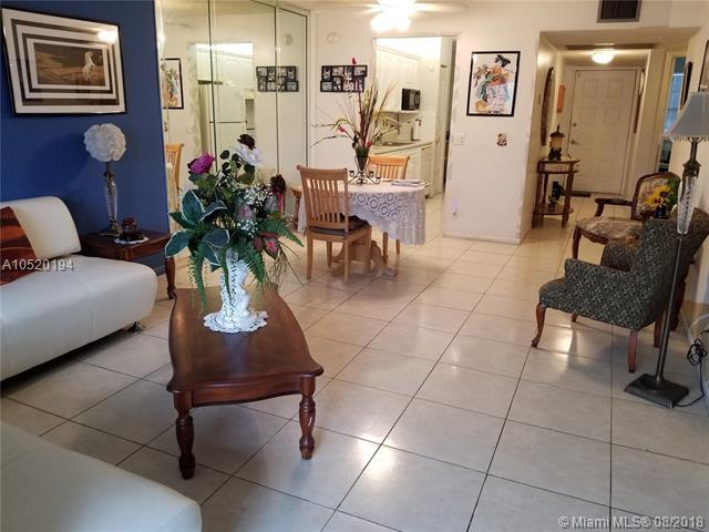 650 SW 124 Terrace 305P, Pembroke Pines, FL 33027 (MLS #A10520194) :: Castelli Real Estate Services