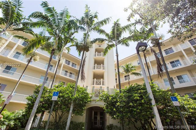 3600 Oaks Clubhouse Dr #408, Pompano Beach, FL 33069 (MLS #A10520272) :: Green Realty Properties