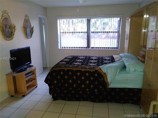 4342 Acacia Cir, Coconut Creek, FL 33066 (MLS #A10520421) :: Green Realty Properties