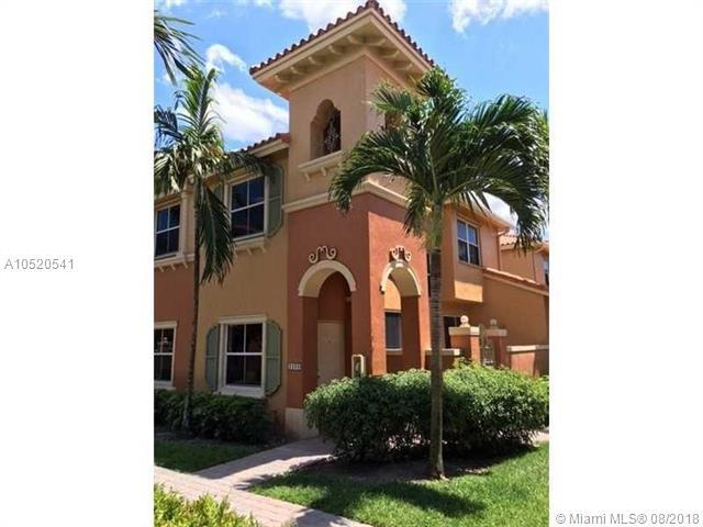 2239 Clipper Pl #5110, Dania Beach, FL 33312 (MLS #A10520541) :: Green Realty Properties