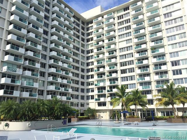 1000 West Ave #1202, Miami Beach, FL 33139 (MLS #A10520668) :: Laurie Finkelstein Reader Team