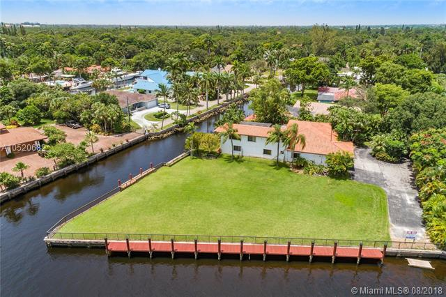 2461 SW 27th Terrace, Fort Lauderdale, FL 33312 (MLS #A10520682) :: Hergenrother Realty Group Miami