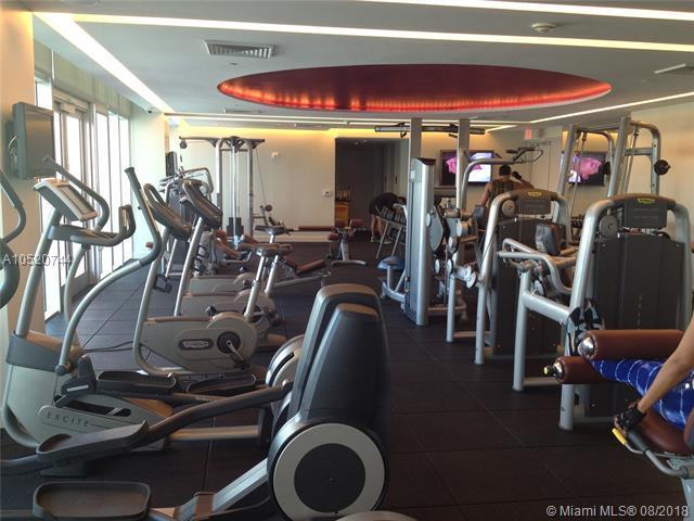 55 SE 6th St #2807, Miami, FL 33131 (MLS #A10520744) :: Berkshire Hathaway HomeServices EWM Realty