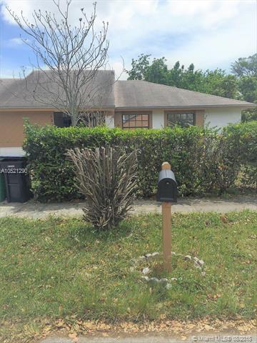 12360 SW 207th Ter, Miami, FL 33177 (MLS #A10521290) :: Castelli Real Estate Services