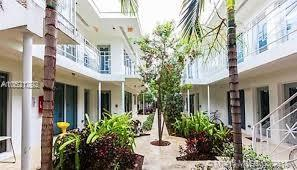 1568 Pennsylvania Ave #322, Miami Beach, FL 33139 (MLS #A10521292) :: Green Realty Properties