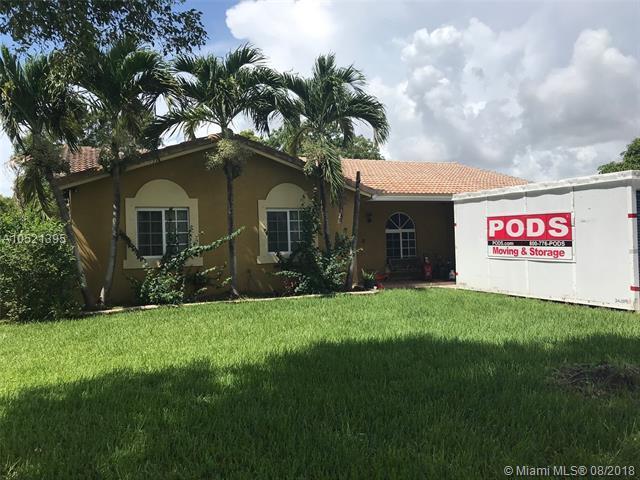 12982 SW 208th Ln, Miami, FL 33177 (MLS #A10521395) :: Green Realty Properties