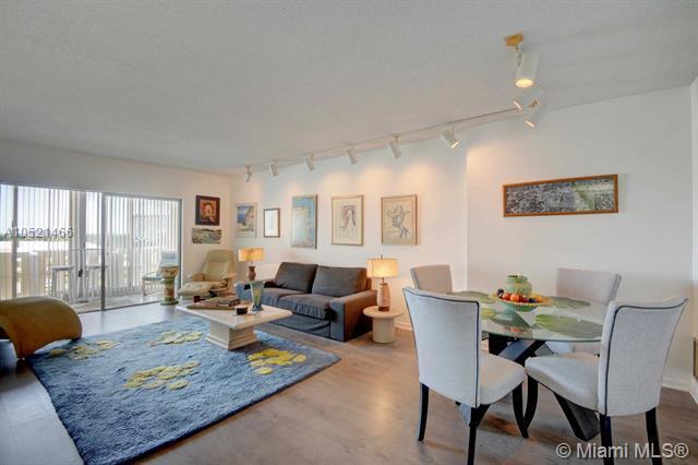 4330 Hillcrest Dr #608, Hollywood, FL 33021 (MLS #A10521466) :: Castelli Real Estate Services