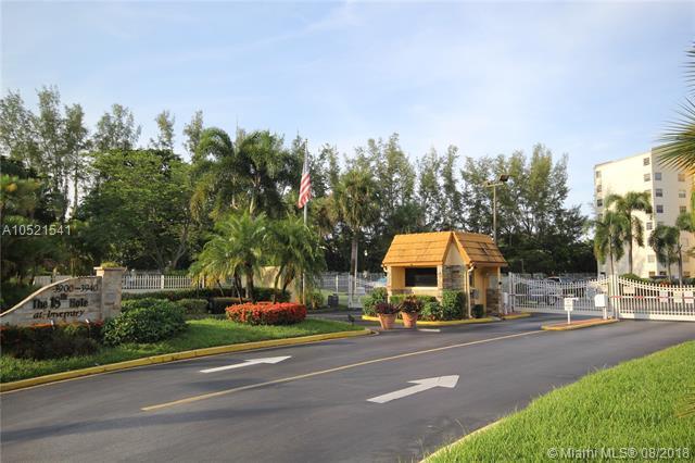 3910 Inverrary Blvd 708B, Lauderhill, FL 33319 (MLS #A10521541) :: Green Realty Properties