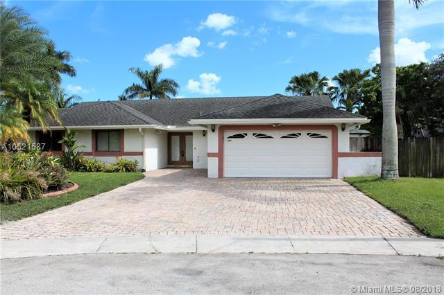 2960 SW 85th Way, Davie, FL 33328 (MLS #A10521587) :: The Teri Arbogast Team at Keller Williams Partners SW