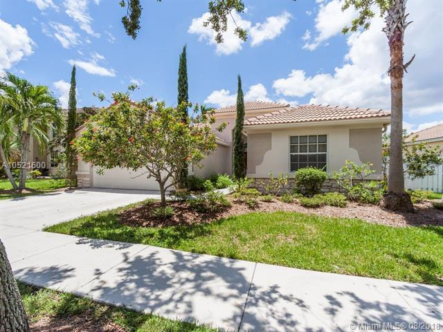 1349 Meadows Blvd, Weston, FL 33327 (MLS #A10521600) :: United Realty Group