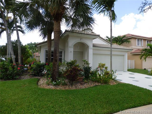 474 SW 205th Ave, Pembroke Pines, FL 33029 (MLS #A10521726) :: Castelli Real Estate Services