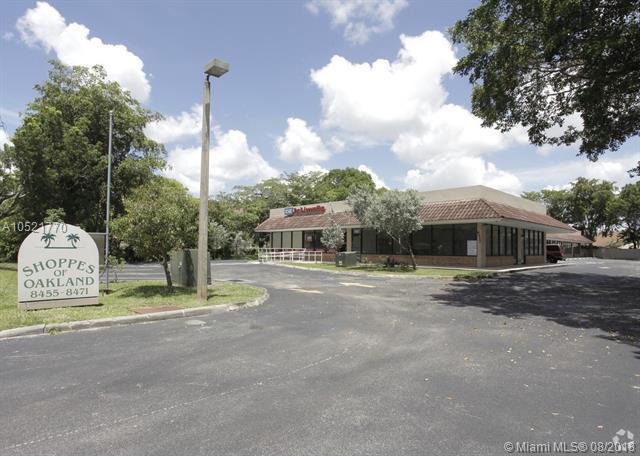 8471 W Oakland Park Blvd, Sunrise, FL 33351 (MLS #A10521770) :: Green Realty Properties