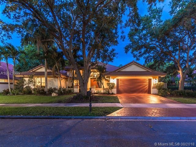 1066 Twin Brnch Lane, Weston, FL 33326 (MLS #A10521909) :: Laurie Finkelstein Reader Team