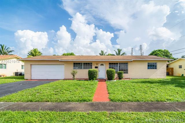 4321 NW 6th St, Plantation, FL 33317 (MLS #A10521914) :: Hergenrother Realty Group Miami