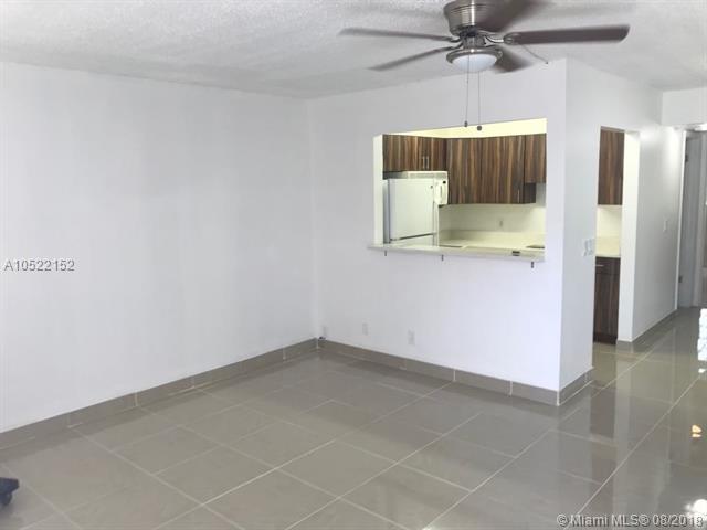 510 Durham R #510, Deerfield Beach, FL 33442 (MLS #A10522152) :: Stanley Rosen Group