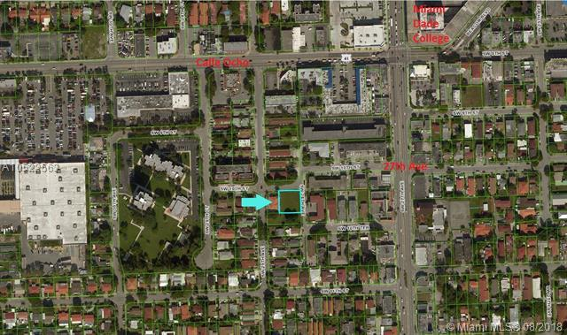 2812 SW 10 ST, Miami, FL 33135 (MLS #A10522563) :: Laurie Finkelstein Reader Team