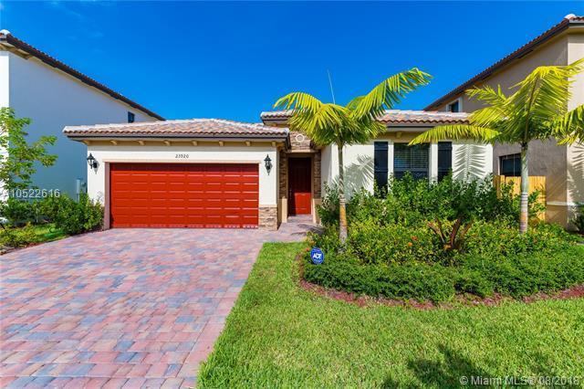 23920 SW 116th Ct, Miami, FL 33032 (MLS #A10522616) :: Laurie Finkelstein Reader Team