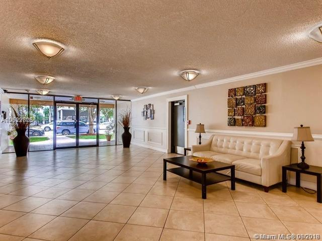 200 178th Dr #710, Sunny Isles Beach, FL 33160 (MLS #A10522805) :: RE/MAX Presidential Real Estate Group