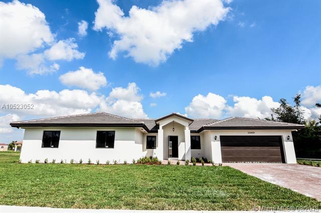 20521 SW 320th St, Homestead, FL 33030 (MLS #A10523052) :: Green Realty Properties