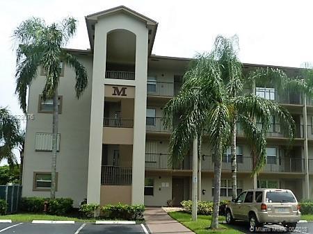 13800 SW 5th Ct 202M, Pembroke Pines, FL 33027 (MLS #A10523076) :: Laurie Finkelstein Reader Team