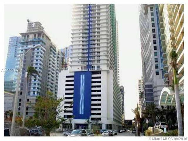 1200 Brickell Bay Dr #3923, Miami, FL 33131 (MLS #A10523176) :: Keller Williams Elite Properties