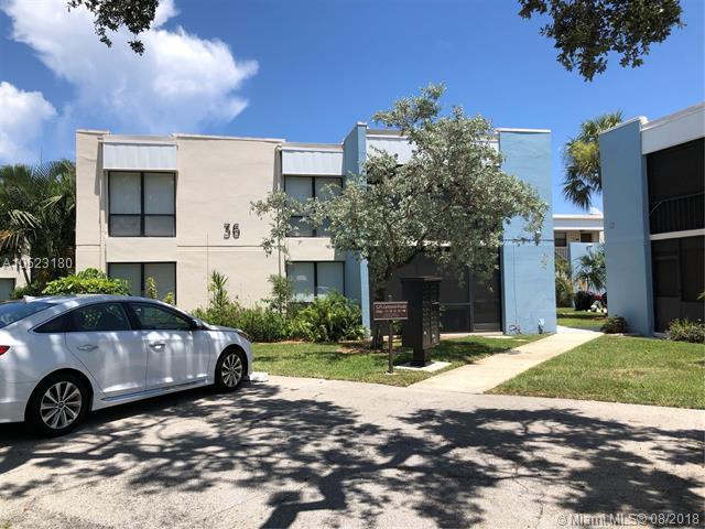 525 Dotterel Rd 36B, Delray Beach, FL 33444 (MLS #A10523180) :: Stanley Rosen Group