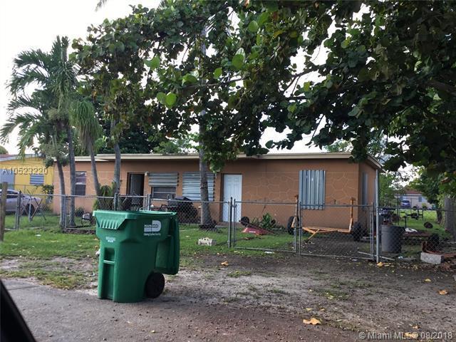 12101 SW 215th St, Miami, FL 33177 (MLS #A10523220) :: Laurie Finkelstein Reader Team