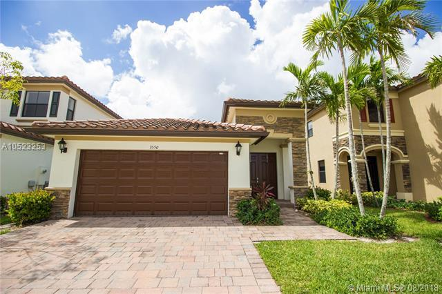 3550 W 86 TER, Hialeah, FL 33018 (MLS #A10523253) :: Green Realty Properties