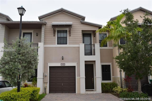 10405 NW 61st Ln #10405, Doral, FL 33178 (MLS #A10523288) :: Green Realty Properties