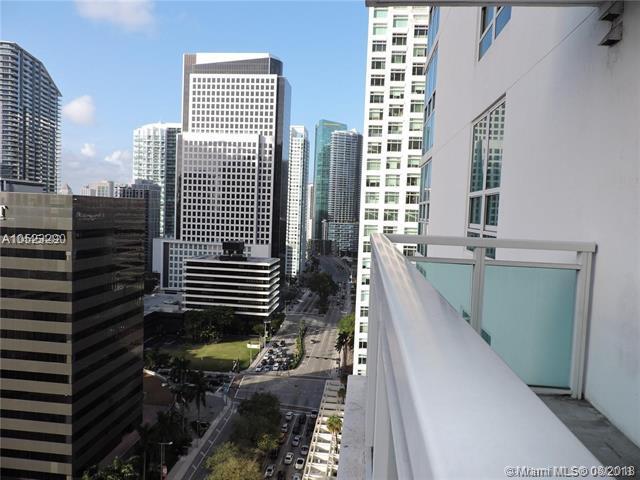 951 Brickell Ave #2103, Miami, FL 33131 (MLS #A10523290) :: Keller Williams Elite Properties