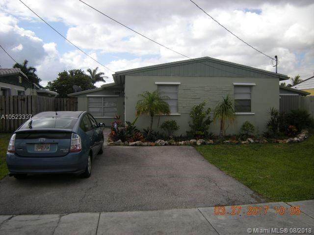2718 Sherman St, Hollywood, FL 33020 (MLS #A10523337) :: Green Realty Properties