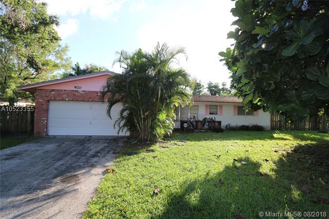 920 Renmar Dr, Plantation, FL 33317 (MLS #A10523355) :: Stanley Rosen Group