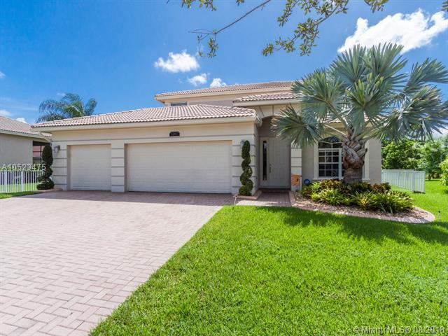 5267 SW 152nd Ave, Miramar, FL 33027 (MLS #A10523475) :: RE/MAX Presidential Real Estate Group