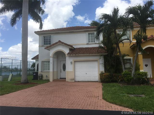 13383 SW 142nd Ter, Miami, FL 33186 (MLS #A10523604) :: Laurie Finkelstein Reader Team