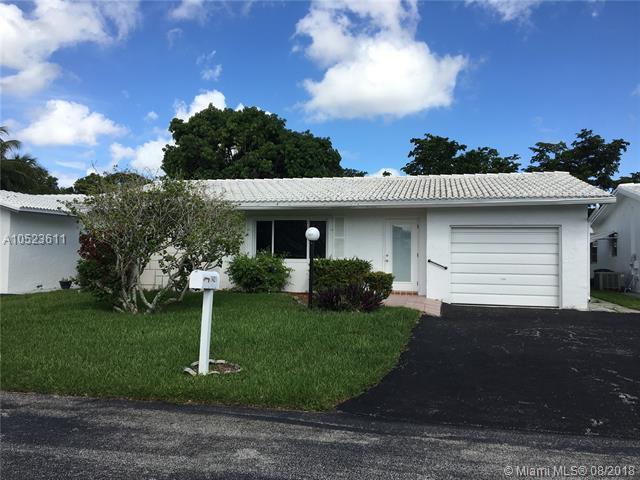 1421 NW 86th Ln, Plantation, FL 33322 (MLS #A10523611) :: Laurie Finkelstein Reader Team