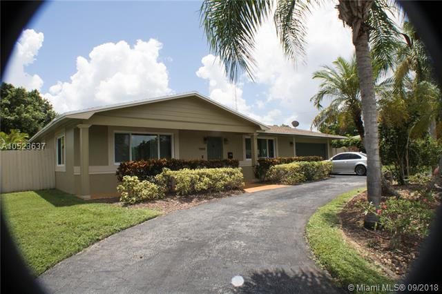 7000 NW 6th St, Plantation, FL 33317 (MLS #A10523637) :: Green Realty Properties