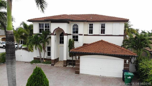 6972 SW 159th Ct, Miami, FL 33193 (MLS #A10524043) :: RE/MAX Presidential Real Estate Group