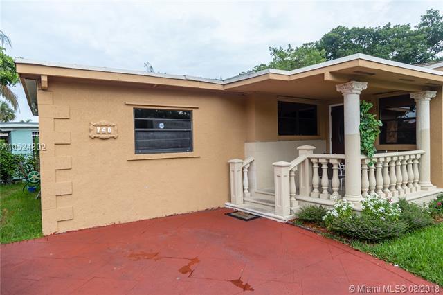 740 NE 147th St, North Miami, FL 33161 (MLS #A10524802) :: The Jack Coden Group