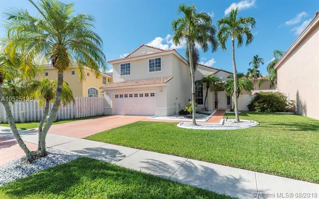 18810 NW 11th St, Pembroke Pines, FL 33029 (MLS #A10525135) :: Stanley Rosen Group