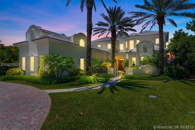 6926 SE Harbor Cir, Stuart, FL 34996 (MLS #A10525301) :: Miami Villa Team