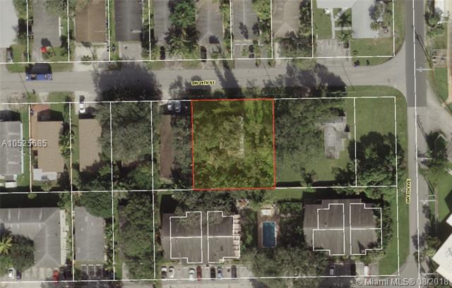 812 SW 29th St, Fort Lauderdale, FL 33315 (MLS #A10525685) :: Stanley Rosen Group