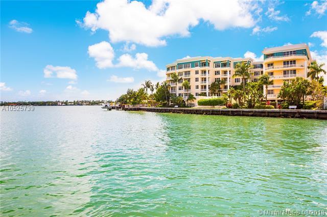 1 Century Ln #206, Miami Beach, FL 33139 (MLS #A10525739) :: Miami Villa Team