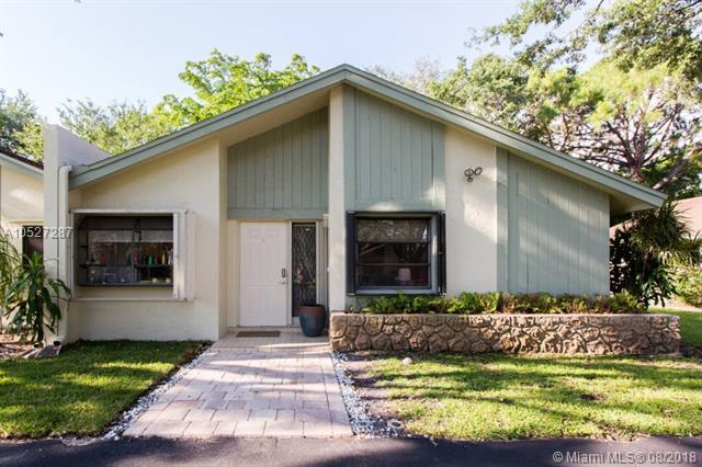 4094 S Palm Forest Dr S, Delray Beach, FL 33445 (MLS #A10527287) :: The Teri Arbogast Team at Keller Williams Partners SW