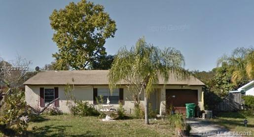 838 SE Proctor Ln, Port St. Lucie, FL 34983 (MLS #A10527362) :: Stanley Rosen Group