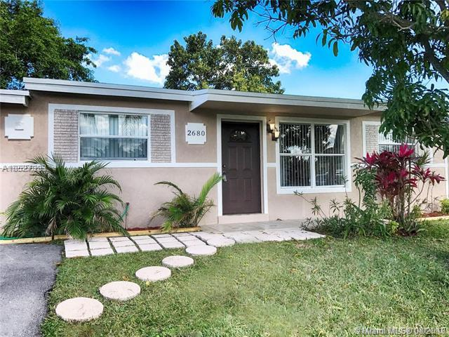 2680 NW 64th Ave, Margate, FL 33063 (MLS #A10527393) :: Hergenrother Realty Group Miami